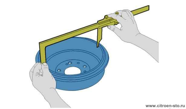 Контроль : Износ диска переднего тормоза - Задний тормозной диск - Задний тормозной барабан  4. Контроль заднего тормозного барабана